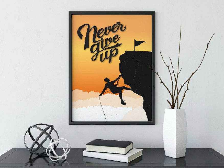Tranh Tiếng Anh Never Give Up DL004